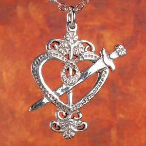 Erzulie Dantor Veve Charm - close up
