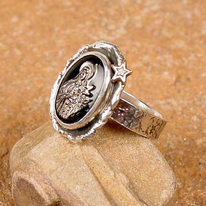 St. Theresa Ring in Black